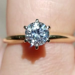 14k NATURAL DIAMOND GOLD SOLITAIRE ENGAGEMENT RING